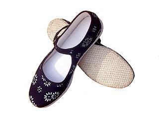 Chinese Handmade Batik Shoes